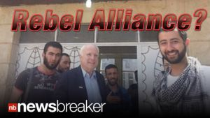 5311033-DEVELOPING-Senator-McCain-Sneaks-Across-Syrian-Border