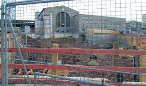 800px-StuttgartHauptbahnhofBaugrube_2012-08