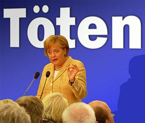 300px-Angela_Merkel_-_Töten