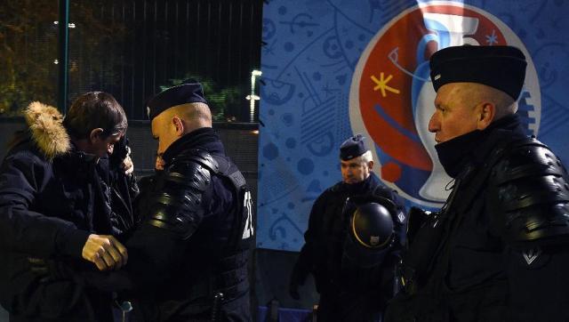 vor-em--franzoesische-polizei-simuliert-terrorangriff-image_900x510